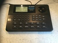 Sr16 Alesis drum machine ,pads