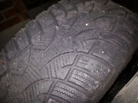 Set of 4 winter tires on rims size 215/65/16