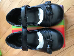 Stride rite Lesley black leather shoes size 10.5W US
