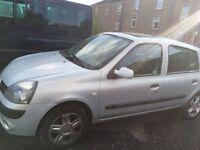 Renault Clio (spares or repair)