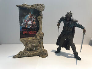 McFarlane Toys - Movie Maniacs - Evil Ash with Poster