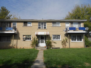 Move in today- Vacant  Call 5197320525-$550  all inclusive