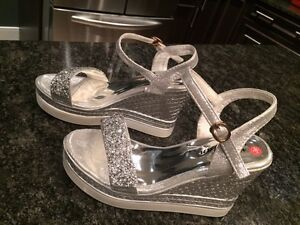 silver wedges size 6 brand new