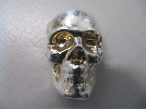 Classic Beaver Bullion Skull Two Troy OZ .999 Silver X Condition