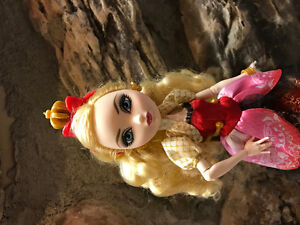 Ever After High Doll Apple White Cambridge Kitchener Area image 3