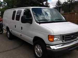 E250 ford extended cargo van 2007