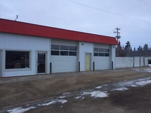 2 bay Shop For Rent in Daysland