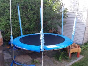 Trampoline 8 pieds