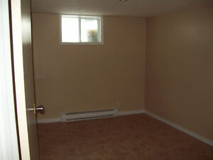 Newly renovated 1 BR on Hazlitt all inclusive for Oct 15th Peterborough Peterborough Area image 5