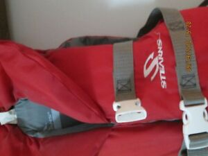 *********** REDUCED STEARNS CHILDS LIFEJACKET***********