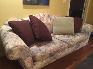 Couch and matching loveseat FREE London Ontario image 1