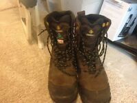 Brand new work boots/ walkerton