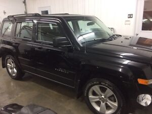 2013 Jeep Patriot 4X4 CLEAN! LOW MILEAGE! MUST SEE!