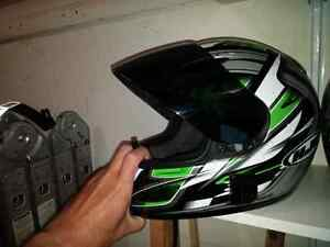 Full face helmets and removable saddle bags London Ontario image 2