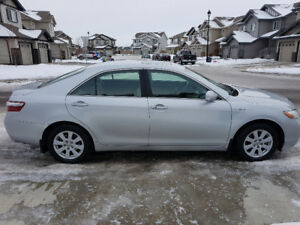 2007 Toyota Camry Hybrid with brand new winter tires $8500