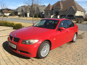 2007 BMW  328xi Berline Rouge