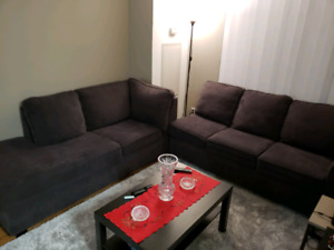 2 pcs sectional sofa..no pets, no scratch.. in good condition