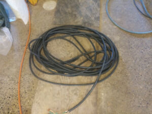 100 feet of 10 gauge 3 wire power cord cab tire