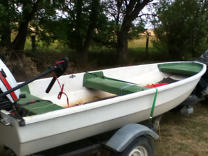 12' FISHING BOAT FOR SALE (excellent shape)