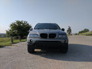 Well Maintained 2002 BMW X5 4.4i Safetied