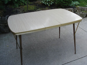 vintage arborite table kijiji free classifieds in ontario find a