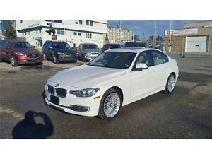 2014 BMW 328i Xdrive Luxury line Nav,Leather, Sun Roof, ext war