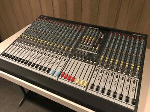 Allen & Heath GL2400 Mixing Console