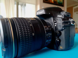 Nikon D800  with 24-120mm VR Lens Like New