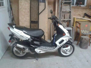 scooter peugoet speedfight2 *NEGO*
