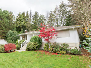 Inviting 3BR Family Home in Canyon Heights North Shore Greater Vancouver Area image 1