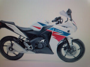 Looking for cbr125 honda to purchase