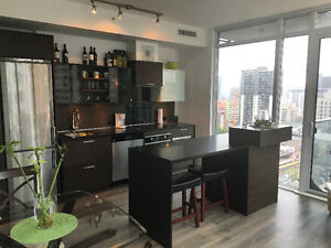 Roommate wanted in beautiful new 2 bedroom w private bathrooms