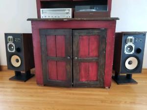 Akai CW-2300 Speakers