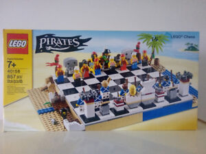 Lego 40158 chess pirates échec NEUF 90$ Retired