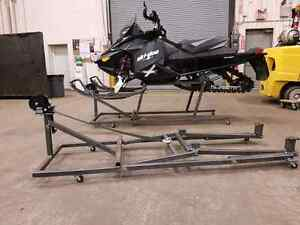 Snowmobile lifts skidoo, Yamaha, polaris, artic cat