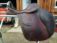 "Good Quality 16"" all purpose English Saddle"