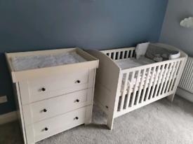 Mamas & Papas Cotbed, Wardrobe, Drawers and Mattress Nursery Set