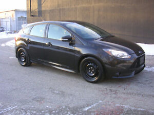 2013 Ford Focus ST- RARE - FULLY LOADED- BEST PRICE- WE FINANCE