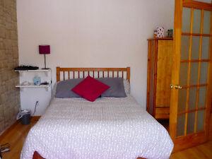 Appartement deux chambres ensoleillées à partir du 11 septembre
