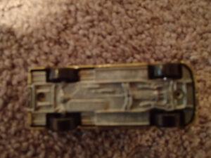 Loose Gold Metallic 1999 '99 DODGE RAM SST by JOHNNY LIGHTNING Sarnia Sarnia Area image 10
