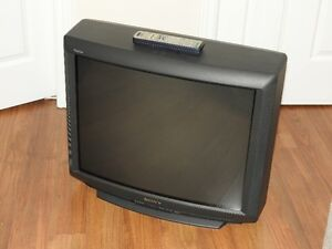 Sony Trinitron Color TV - 27""