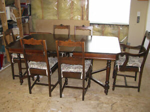 1926 Table and 6 chairs (one captain chair)