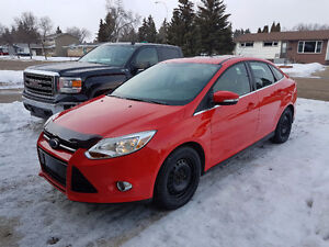 2012 Ford Focus SEL Sedan - Fully Loaded