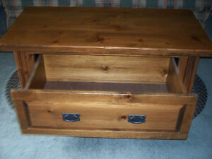 "SOLID PINE TABLE ""CHEST STYLE"" WITH STORAGE DRAWER Kawartha Lakes Peterborough Area image 2"