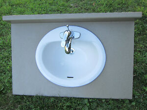 "~~ COUNTER TOP ~BATHROOM~35.5""W - 23""D ~SINK ~ FAUCET ~ BRND NEW"