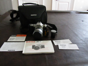 Pentax MZ-7 35mm film camera with lots of extras!