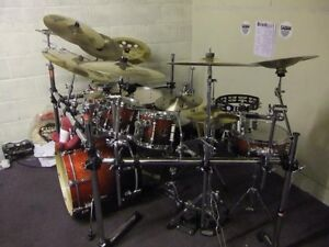 Gibraltar drum rack with clamps