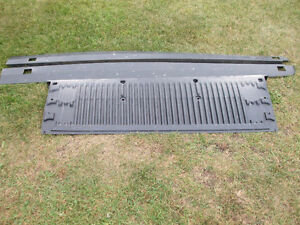 2008 ford ranger boxside mouldings and tailgate cover