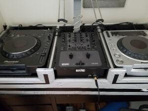 Pioneer Digital CD Deck & RANE TTM 57SL DJ Mixer