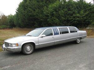 1996 Cadillac Fleetwood superior 6 door limousine  no bar